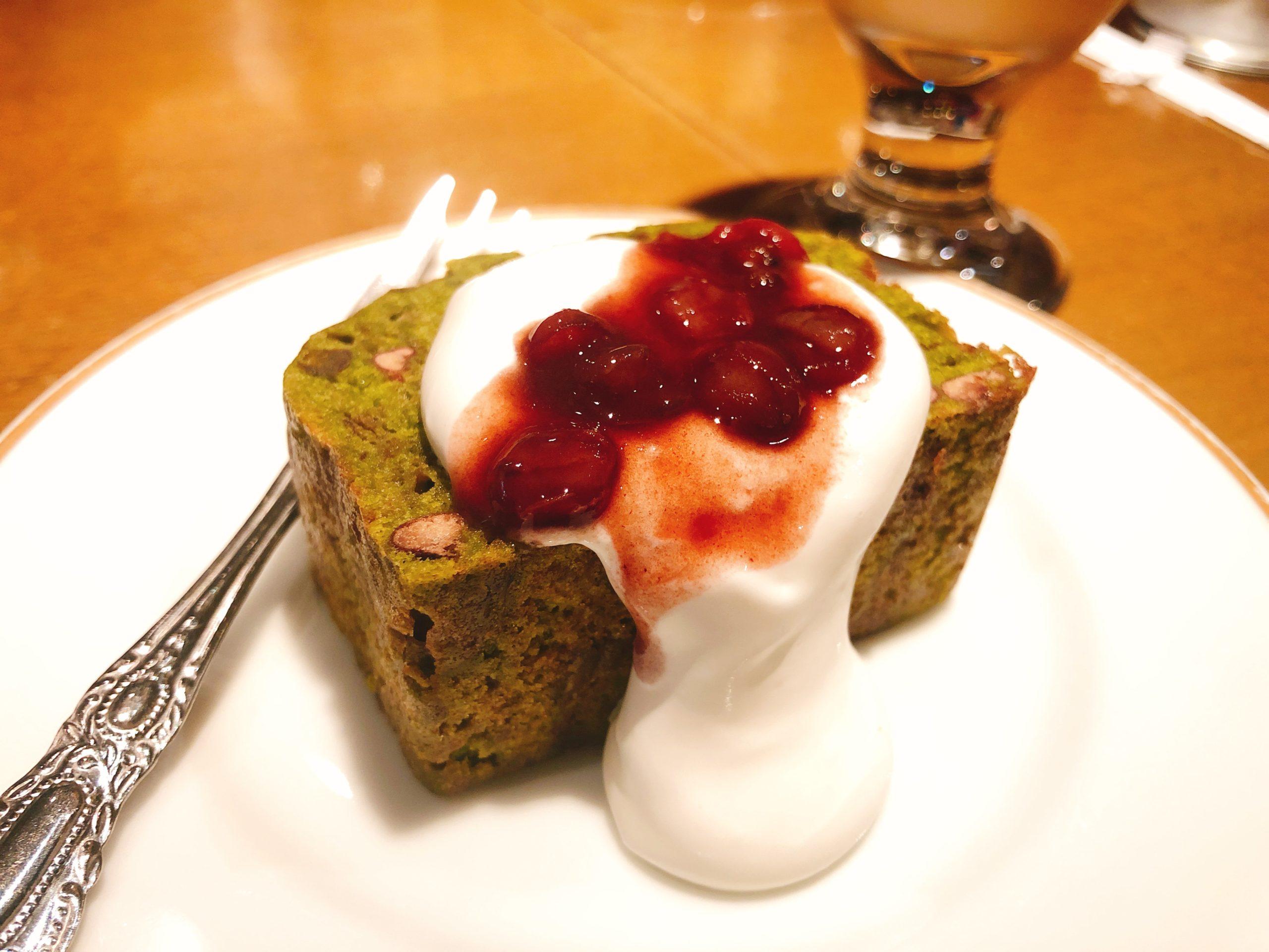 抹茶とあずきのパウンドケーキ